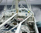"""Fotografía del """"Lance"""", el barco del Instituto Polar Noruego base de la expedición a Svalbard de WWF-Canon."""