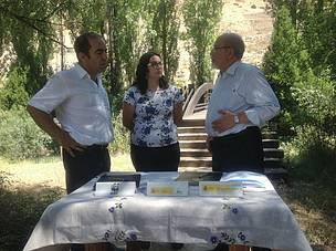 Firma acuerdo custodia fluvial para el Parque Natural de las Hoces del río Riaza, en Segovia